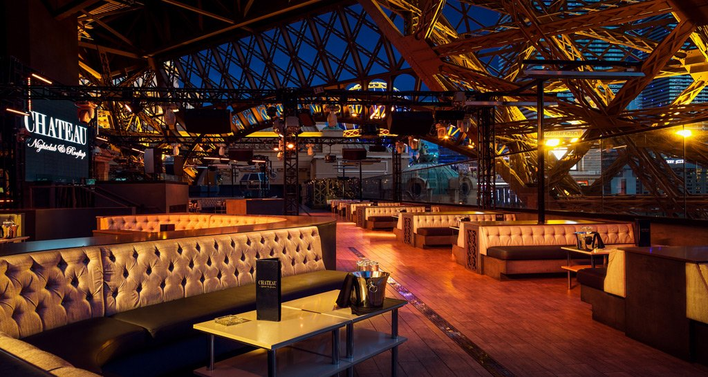 CHILLIN' @ THE CHATEAU PACKAGE | Nightclub + Dinner | Up To 4 PPL