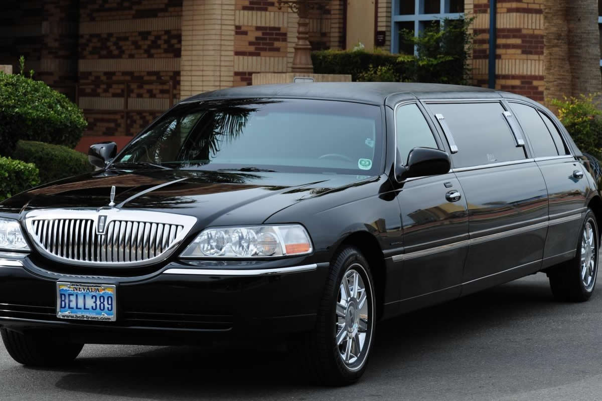 CHATEAU NIGHTCLUB & LIMOUSINE PACKAGE