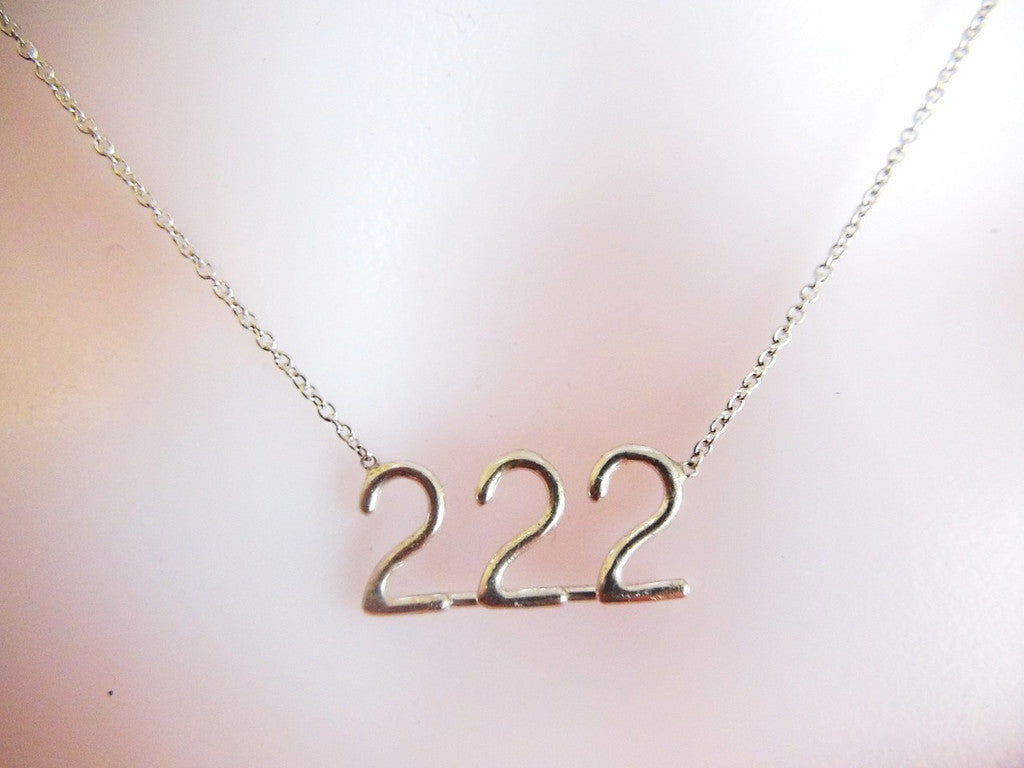 222 meeka necklace