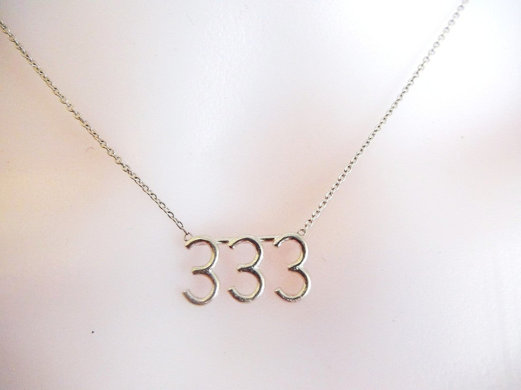 333 meeka necklace