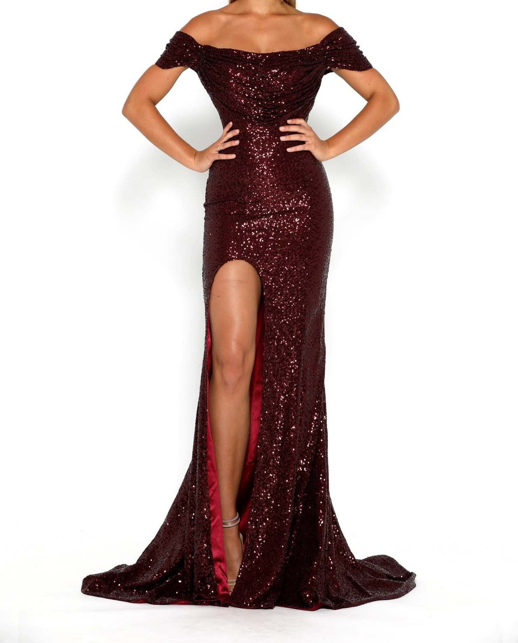 Portia & Scarlett Diamond Gown 69 Burgundy