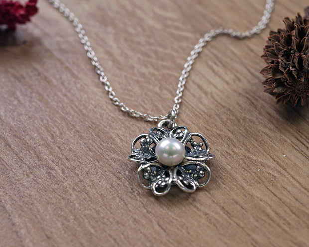 Sterling Silver Floral pendant necklace  - Paz Creations Jewelry