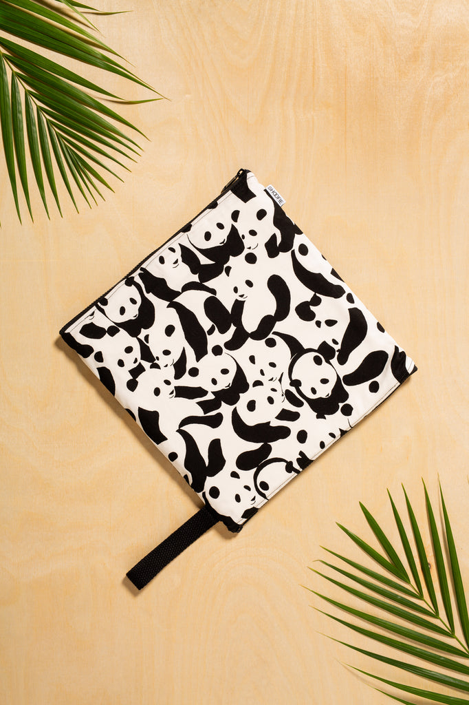 SHOOFIE shoe bag in Panda print