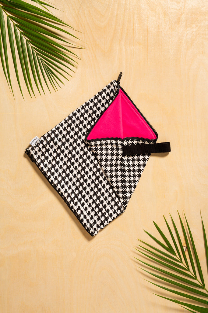 SHOOFIE shoe bag in Royal Houndstooth print with fuchsia lining