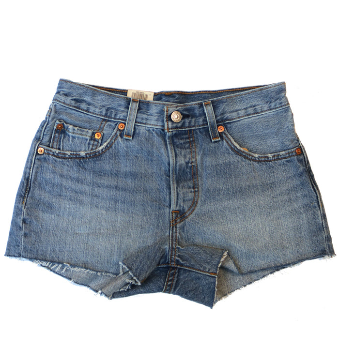 Levi 501 Raw Hem Shorts- Light Denim 0077