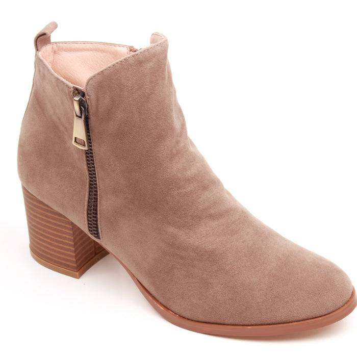 Friday Prize 4 Bootie- Taupe