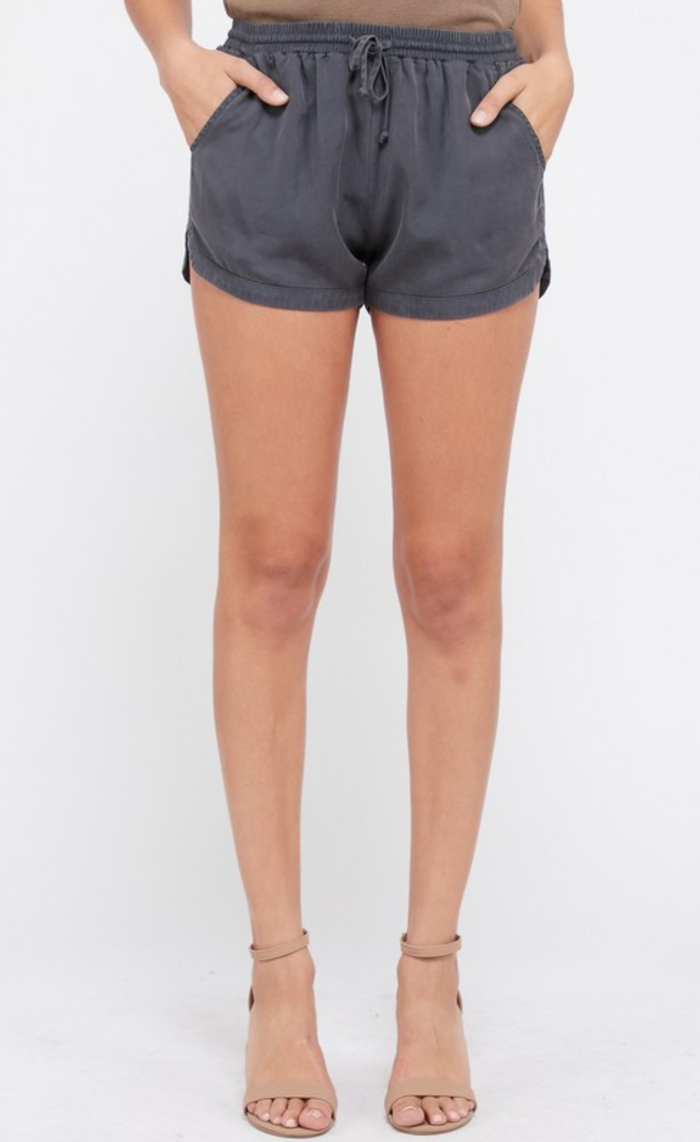 Women's Pocket Tencel Shorts