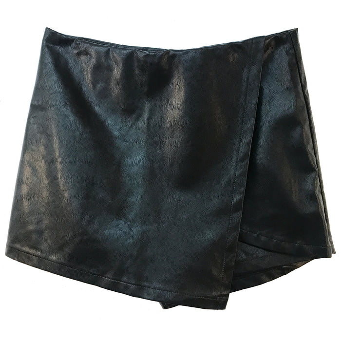 A Touch Of Edge Leather Skort -SL8576-BLACK