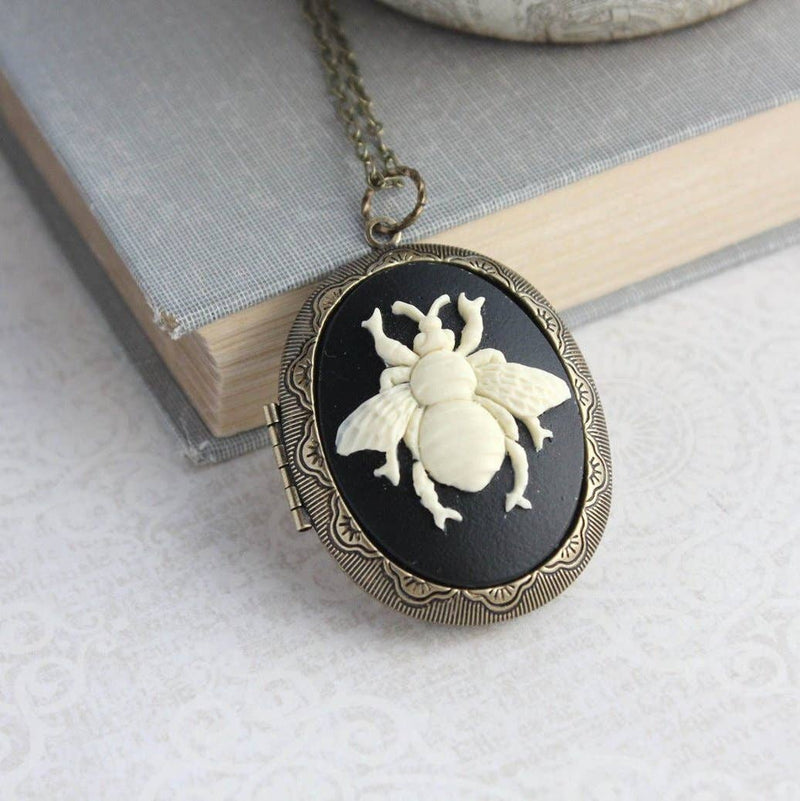 Bee Cameo Necklace - Big Photo Locket Pendant