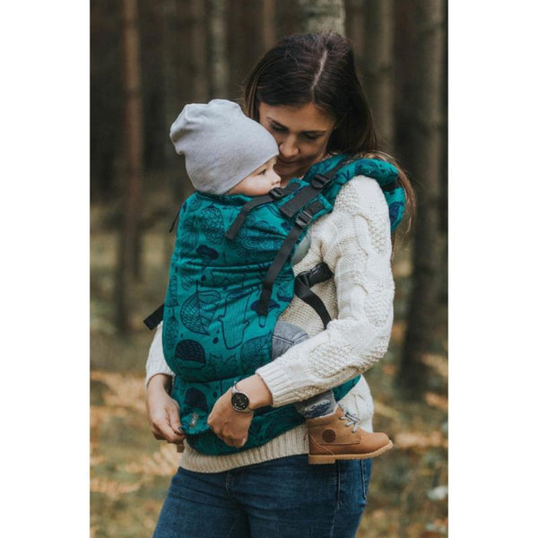 lenny_lamb_baby_carrier_canada_under_the_leaves_lennyup.jpg