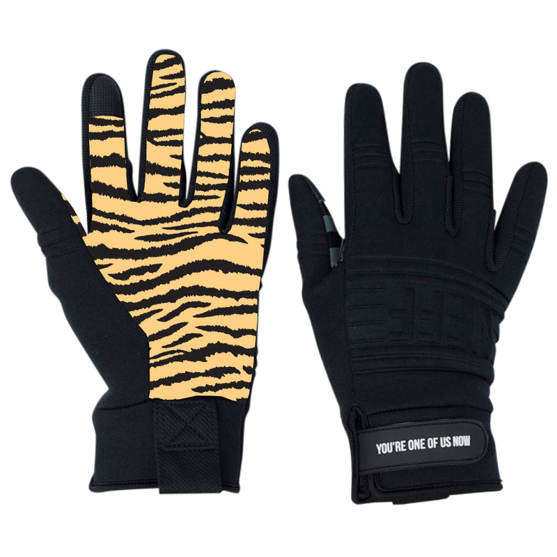 BLACK/TIGER STRIPE