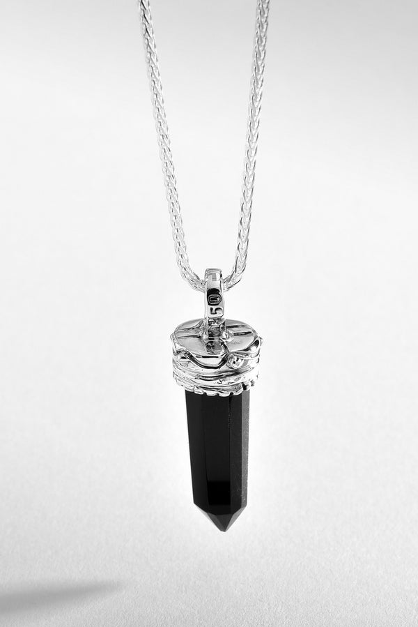 Prism Quartz Shaped Onyx Necklace