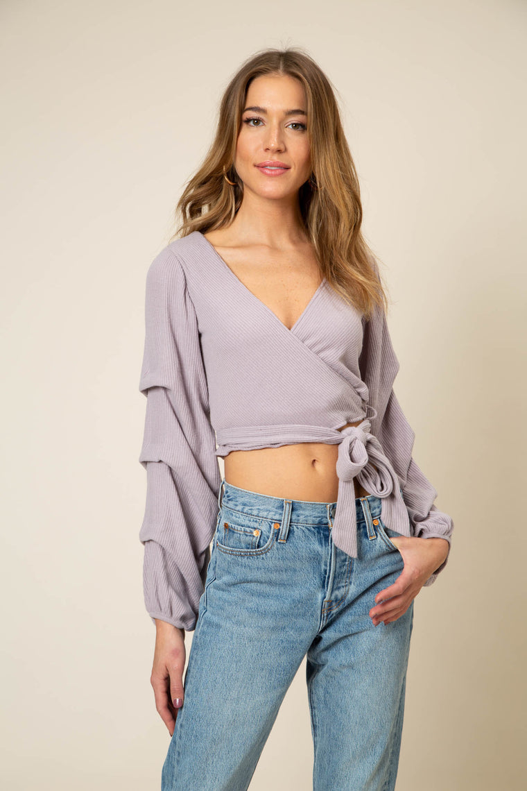 LOVEY TOP
