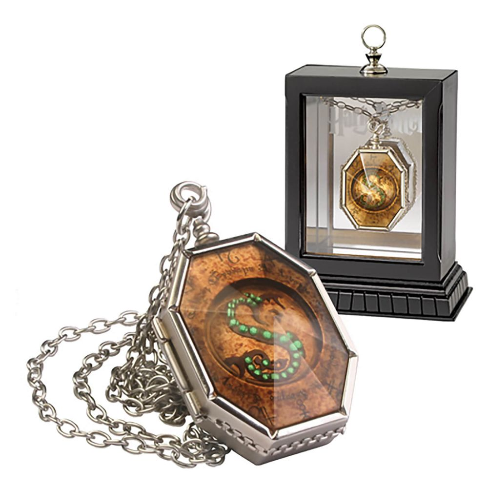 Horcrux Locket by The Noble Collection