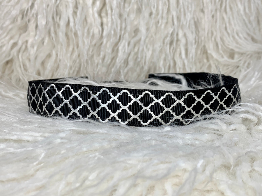 Black and Silver Lattice