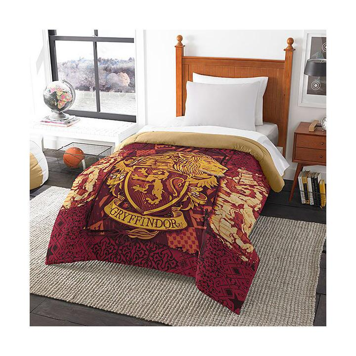 Magic House Gryffindor Twin/Full Comforter