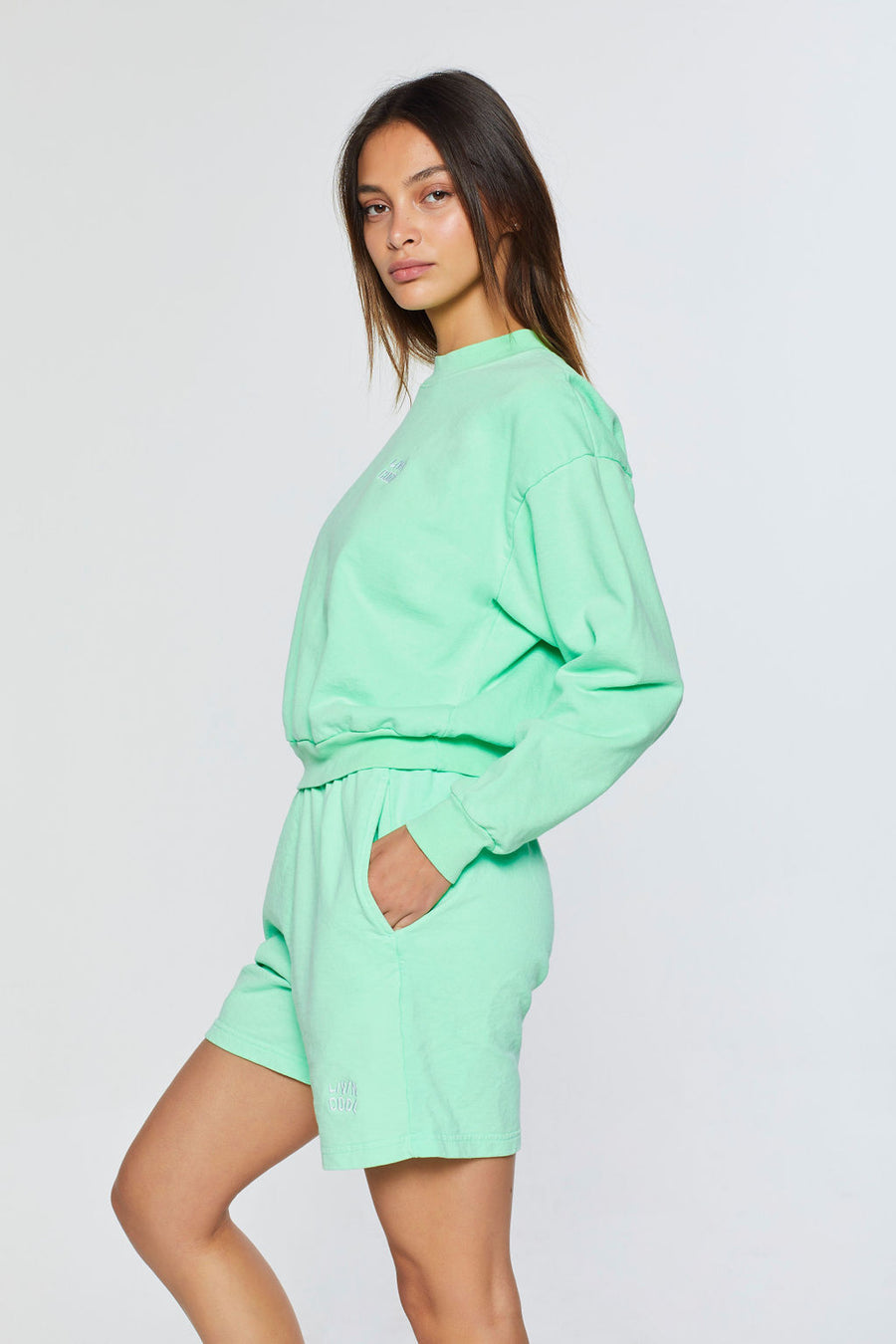 ESSENTIAL SHORTS - MINT