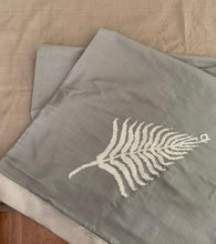 Senijari Fern Table runner in  ( Grey and Silver)