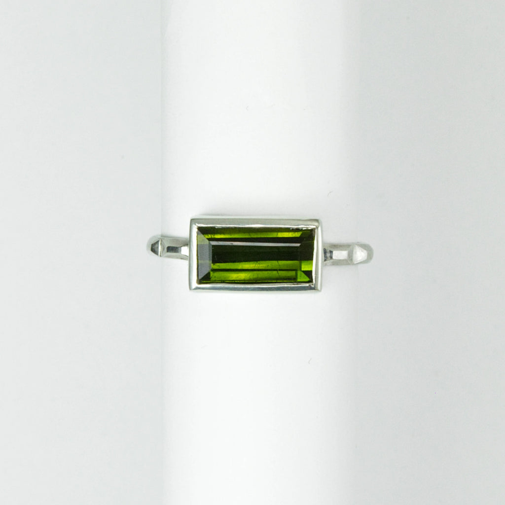 Green Tourmaline Frusta Ring - Size 6.5