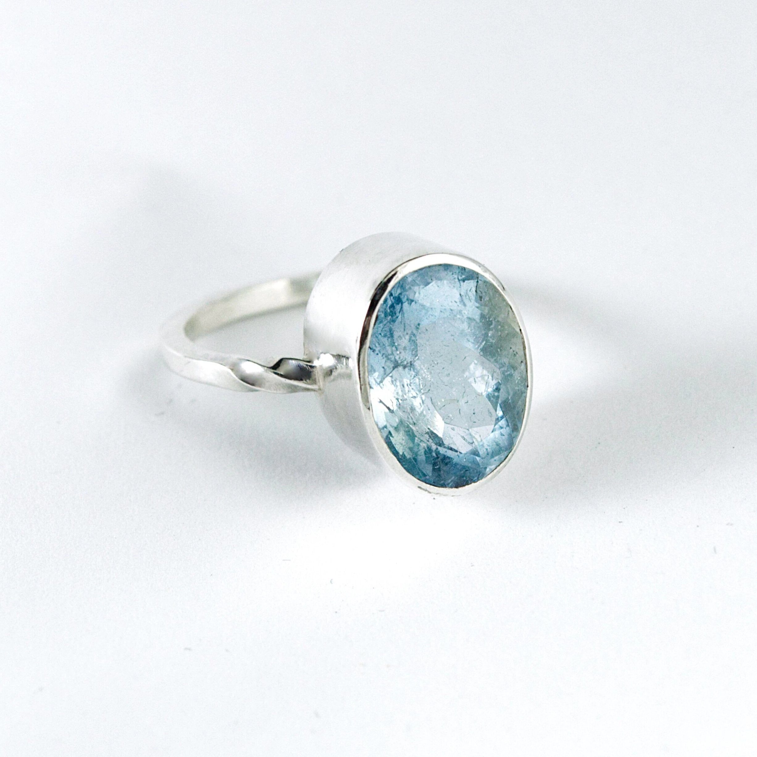 blue aquamarine oval