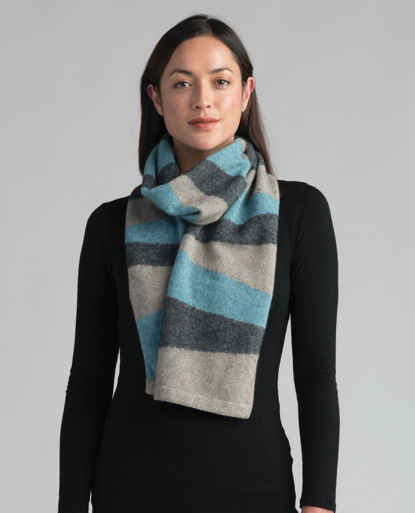 Merinomink-Womens Intarsia Scarf-shop online at www.thewoolpress.com