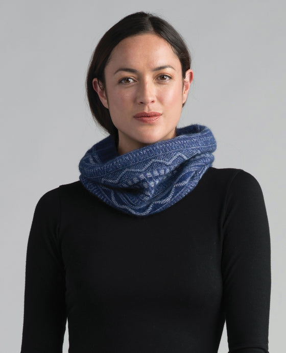 Merinomink Peak Snood Duke