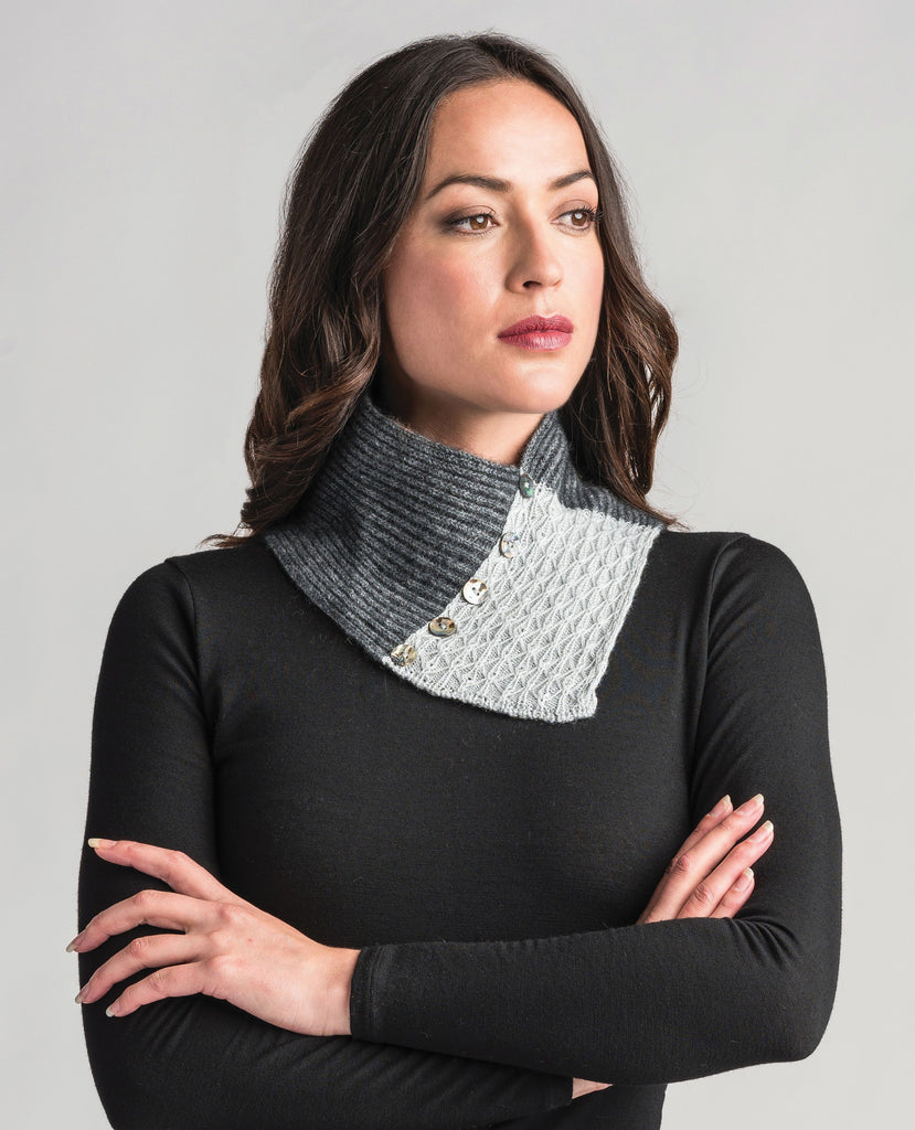 Merinomink Lace Neck Warmer Slate