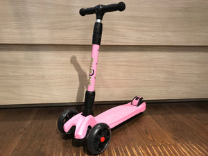Sporting scooters - foldable scooter - flashing light LED Wheels