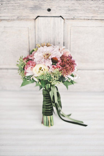 velvet ribbon flowers bouquet