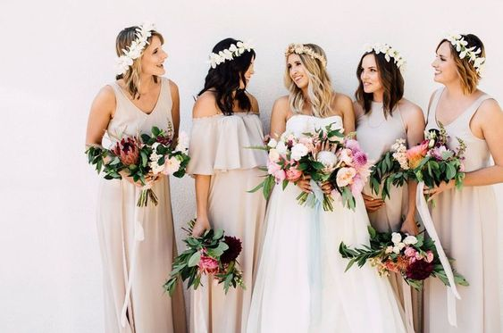 bridesmaids bridal party communication