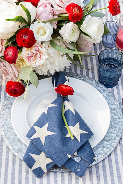 4th of July wedding decor tablescape