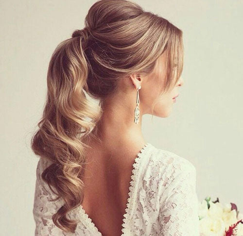 curly ponytail wedding hair