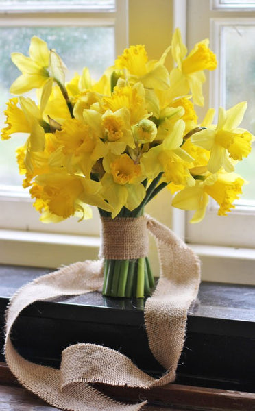 daffodils wedding flowers