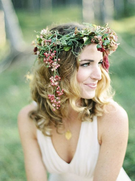 summer camp wedding bride flower crown inspiration