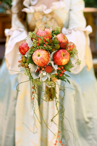 orchard wedding bouquet apples