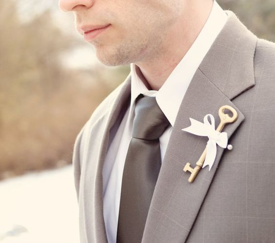 unique boutonniere floral alternative groom