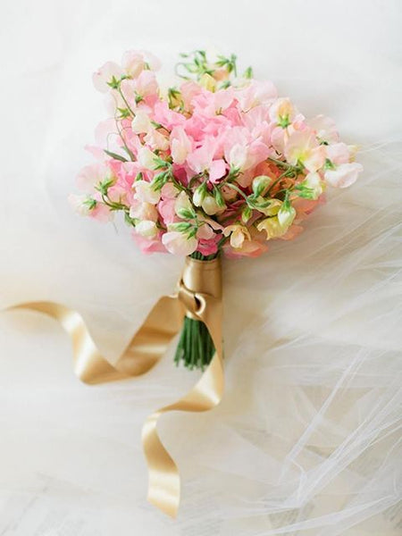 sweet pea wedding flowers