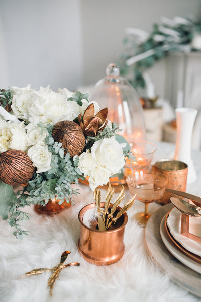 winter wedding copper table scape
