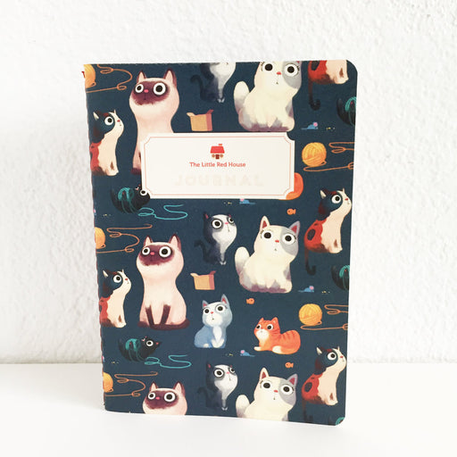 Cats with yarn pattern Pocket Journal