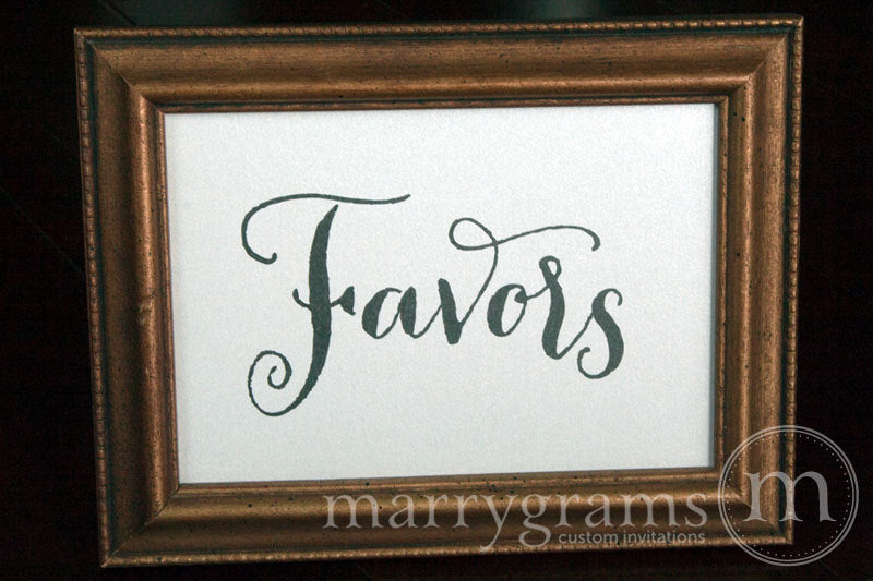 Wedding Favors Sign Thick Style