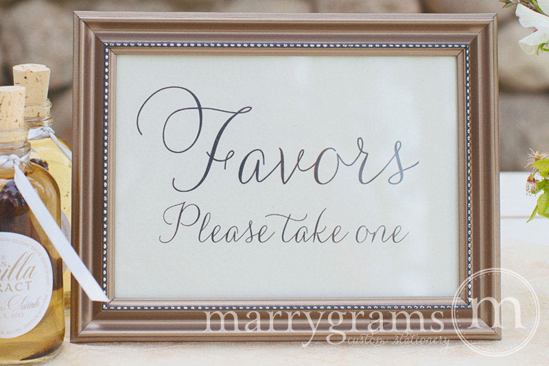 Wedding Favors Sign Thin Style