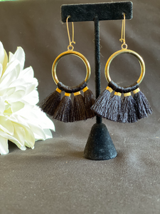 Soft Tassle - Black