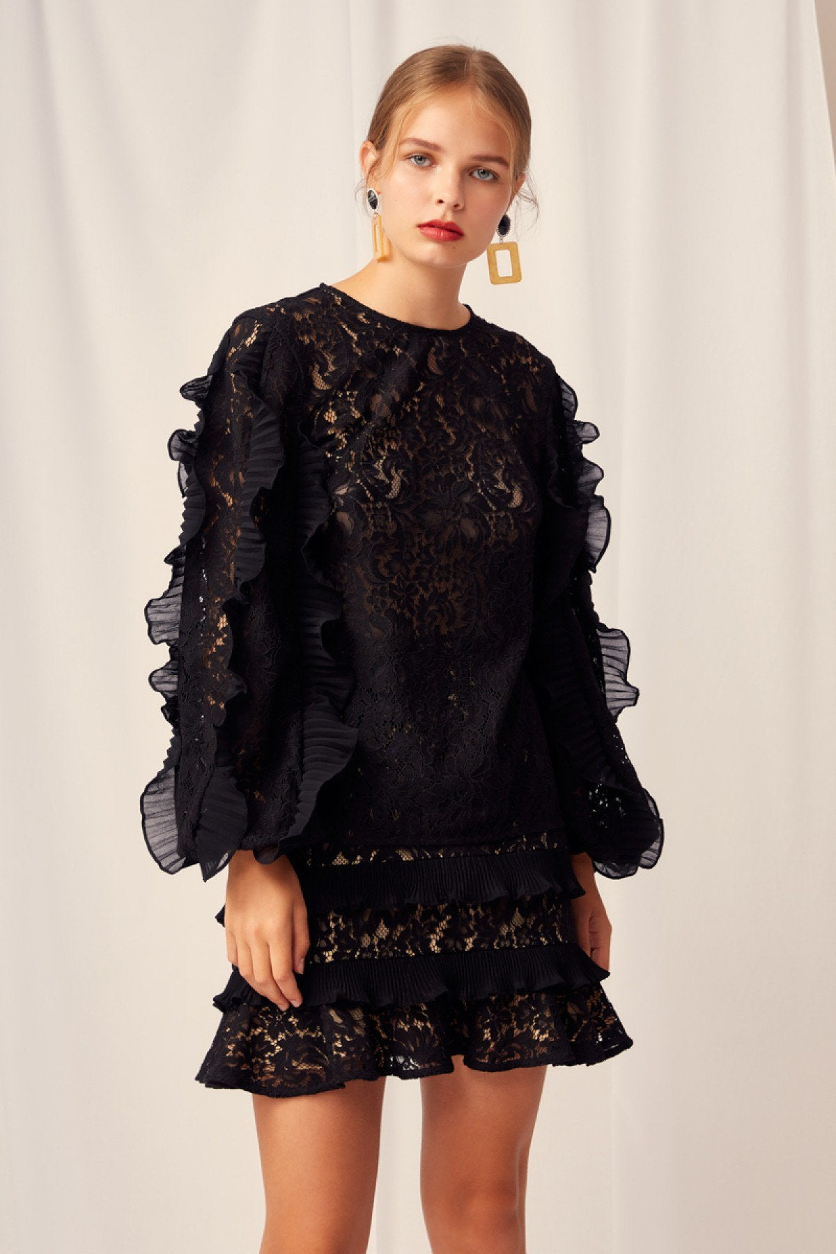 Timeless Lace top Keepsake the Label