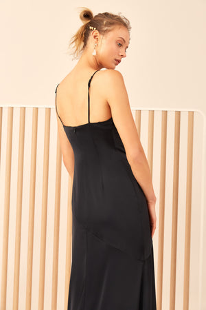C/MEO Collective All right now gown C/MEO Collective