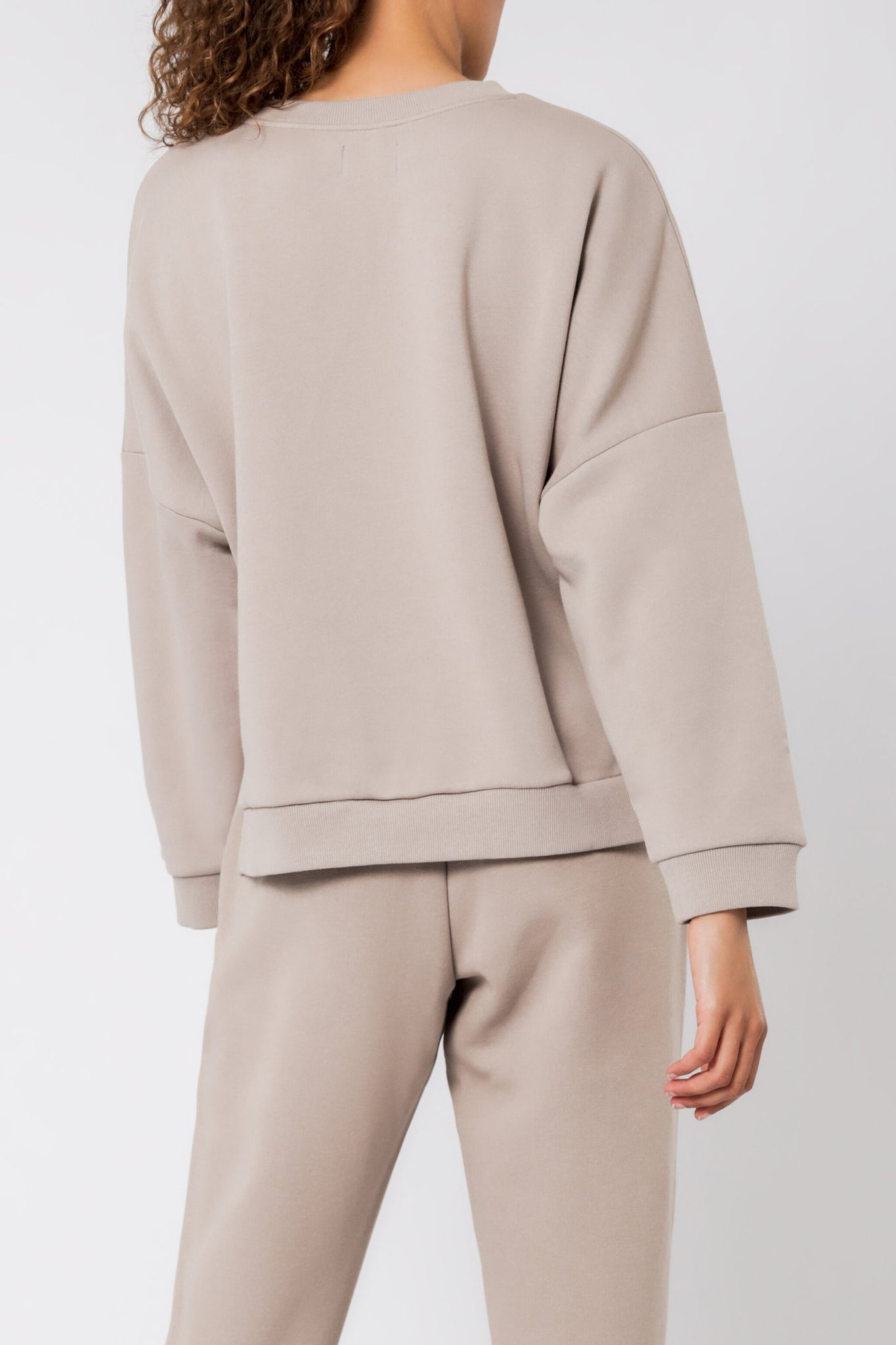 Carter Classic Oversized Sweat