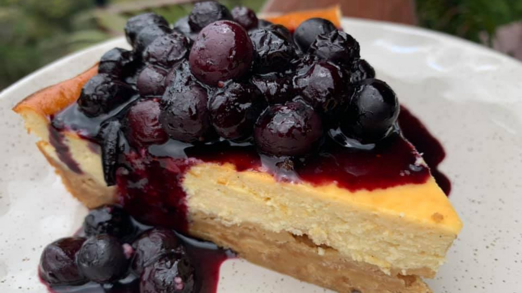 Low FODMAP Lactose-free Blueberry Cheesecake