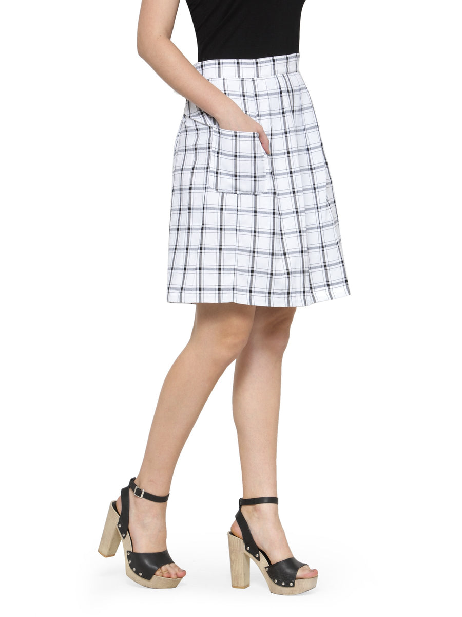 Women Checkered Above Knee Length Skirt