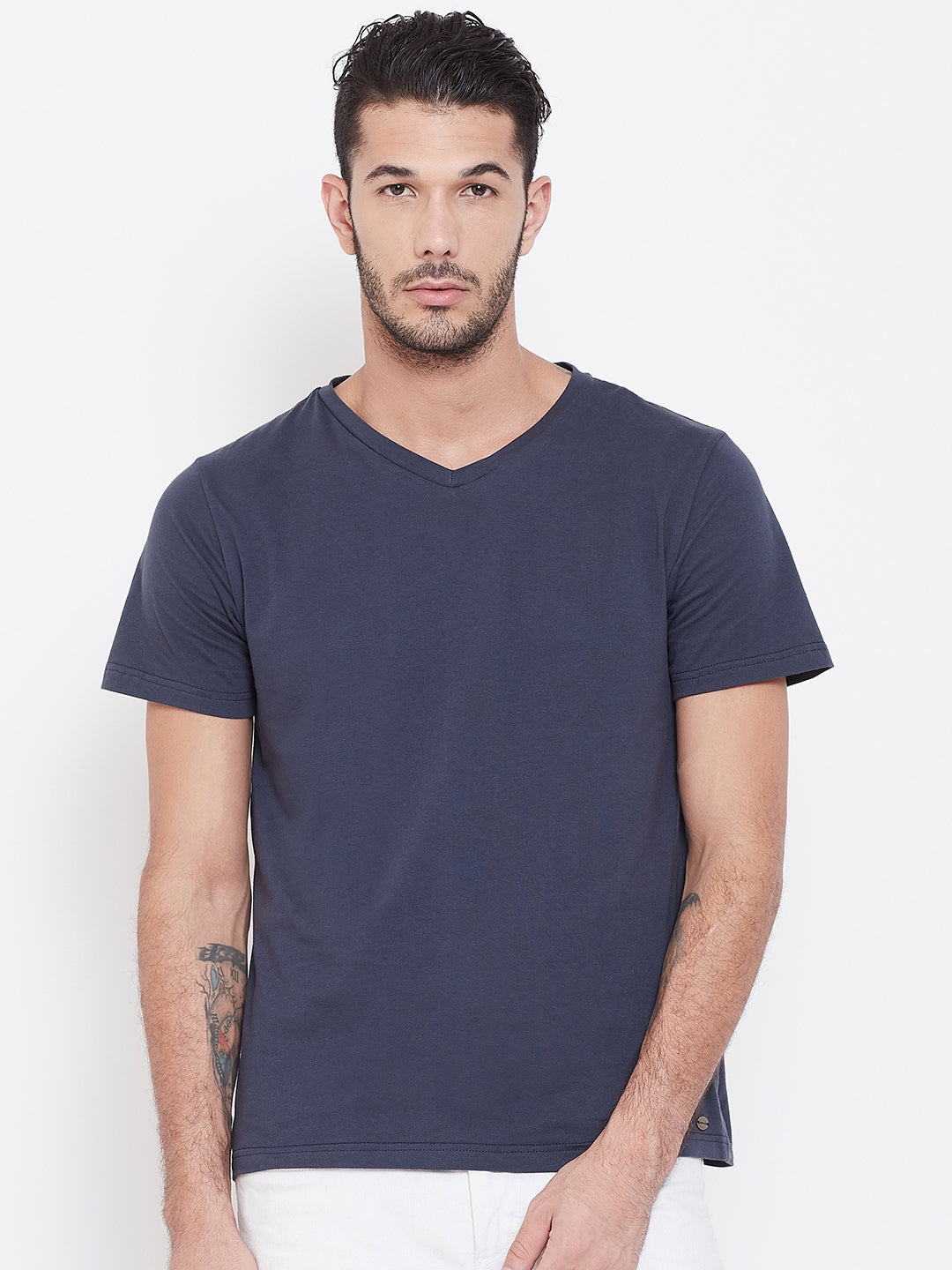 Men Navy Blue Solid V Neck T-shirt