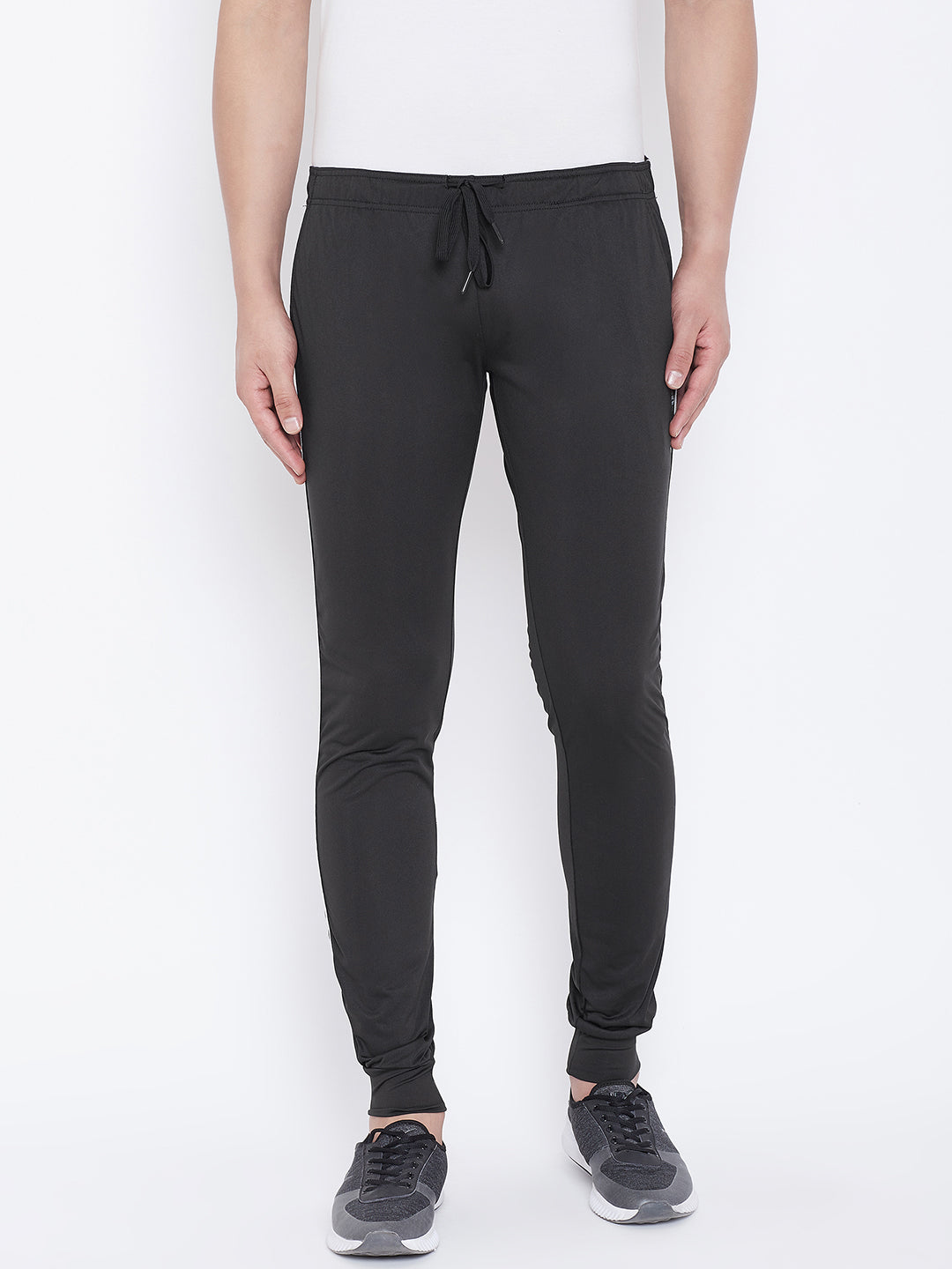 JUMP USA Men Black Solid Active Wear Joggers