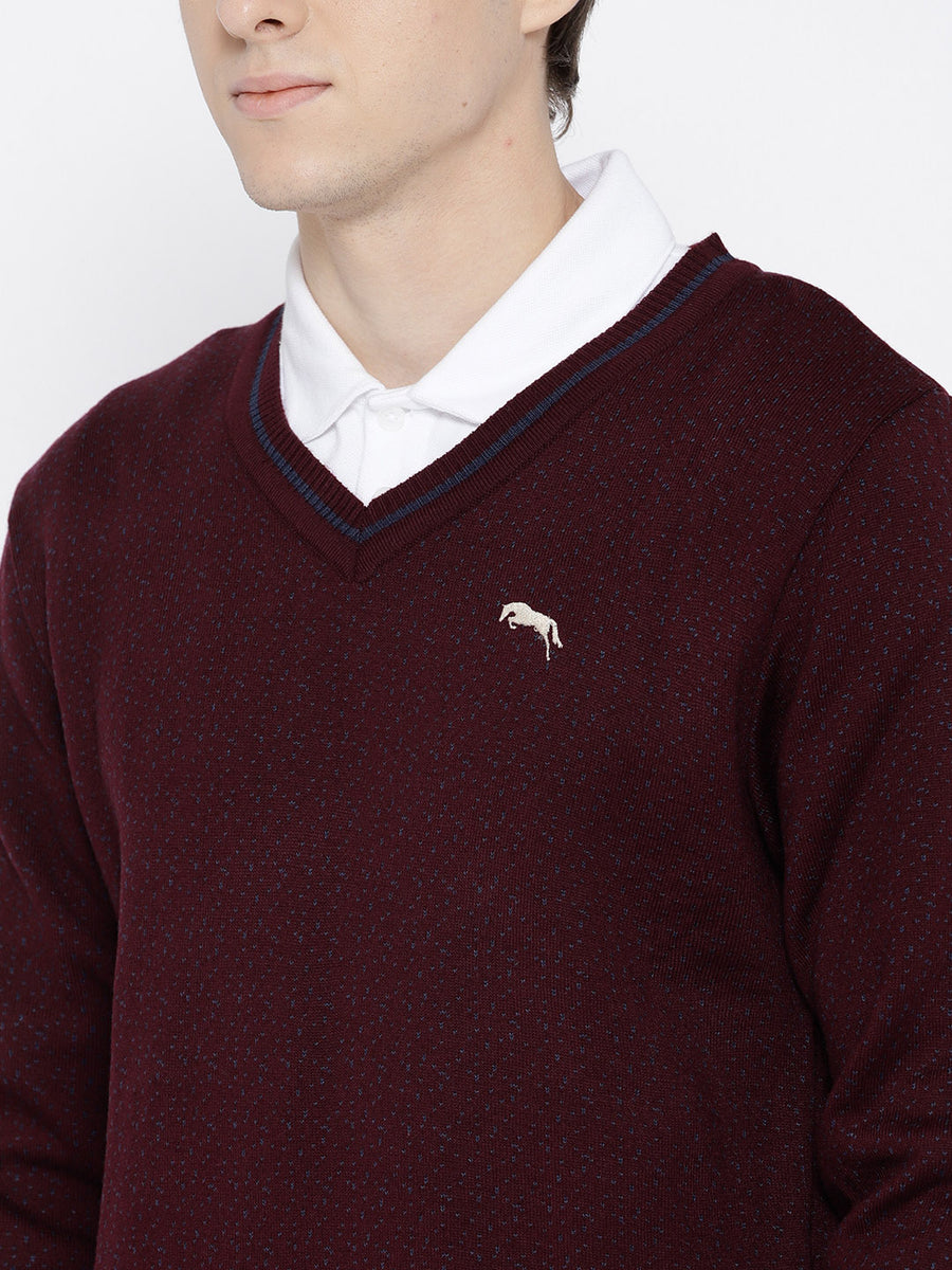 Men Maroon and Navy Blue Colourblocked Pullover